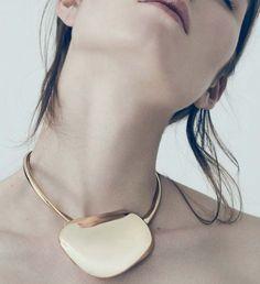// #bijoux #bijouxcreateur #bijouxfantaisies #paris #tendancesbijoux2016