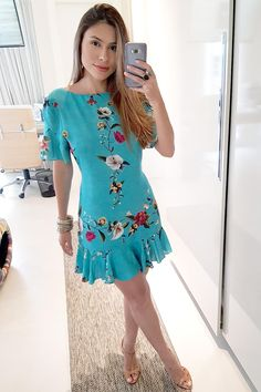 Vestido Curto para o dia a dia Casual Dresses, Short Dresses, Fashion Dresses, Love Fashion, Girl Fashion, Womens Fashion, Summer Outfits, Summer Dresses, Look Chic