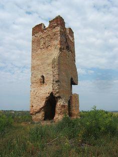 A hetyei templomrom, közismert nevén Törökhagyás a Somogy megyei Ádánd község középkori műemléke.