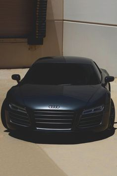 Incredibly sexy Audi R8 / Matte black This is what the easter bunny should bring me.