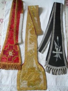 3 ANTIQUE FRENCH EMBROIDERY RELIGIOUS STOLE 19 TH-CENTURY PRIEST CHURCH