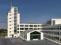 Nedinsco Building, Venlo, Netherlands (1923)