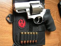 """In his movie """"Faster"""" Dwayne Johnson is using the Ruger Alaskan .454 Casull revolver"""