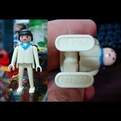 《藝起玩秘密基地 ART x TOY x Together 》 我的玩具收藏: 台版玩具《playmobil》 更多收藏歡迎參觀 http://on.fb.me/1EcZTG0 《老調衙與月亮熊的懷舊時光屋》 http://on.fb.me/1EcZVxu #藝起玩秘密基地 #art #gallery #space #Toyshop #Toy #台版玩具 #playmobil