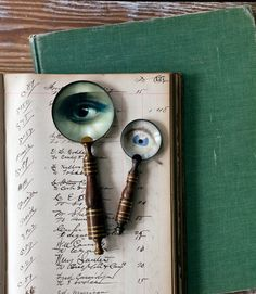 These eerie surreal magnifying glasses cleverly subvert reality—and require mere minutes to make. This DIY is perfect for Halloween.
