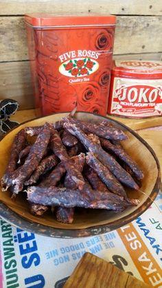 Droewors South African Decor, South African Braai, South African Weddings, South African Recipes, African Christmas, Biltong, Food Stations, Joko, High Tea