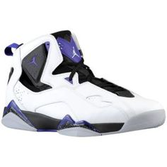 3rd pair I want !! Jordan True Flight. Maybe not those colors, but the shoe is a yes !