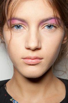 pale yellow + pink eyeshadow