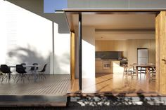 Australia based photographer Christopher Frederick Jones has a stunning and full portfolio brimming with modern homes and interiors. Gordon Parks, Architectural Photographers, Windows And Doors, Dining Table, Landscape, Architecture, Interior, Modern, Courtyards