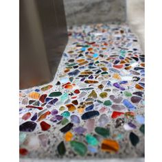 Diy And Crafts, Arts And Crafts, Concrete Countertops, Mosaic Glass, Bunt, Entrance, Tiles, Diy Projects, Interior Design