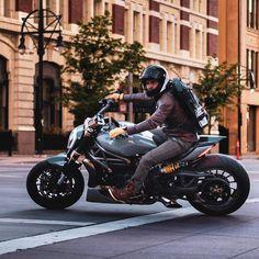 Cafe Racer Bikes, Cafe Racer Motorcycle, Custom Street Bikes, Custom Bikes, Ducati Motorbike, Harley Davidson Custom Bike, Trike Bicycle, Ducati Diavel, Motorised Bike