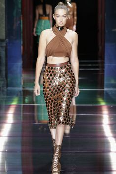 #PFW #Paris #ParisFashionWeek #Balmain Balmain Spring 2016 Ready-to-Wear Collection Photos - Vogue