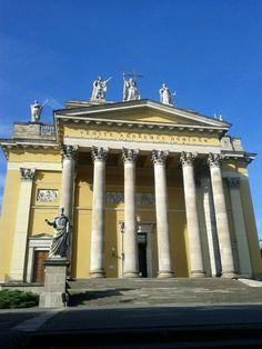 Eger in Heves megye Hungary, Budapest, Gazebo, Outdoor Structures, City, Beautiful, Kiosk, Pavilion, City Drawing