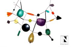 #loranikolova #bijoux&art #necklace #colors #art #madeinitaly Jewelry Art, Jewelry Necklaces, Beading Tutorials, Wire Work, Jewerly, Cool Designs, Artisan, Palette, Pendants