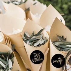 wedding confetti floral leaves