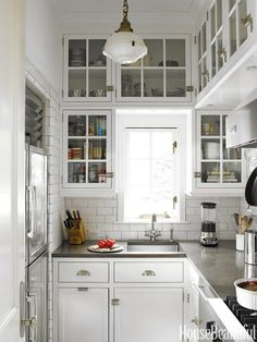 Small space..luv the lite fixture
