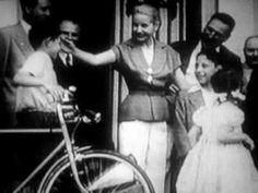 Una Mujer - Eva Evita Peron (hablado en castellano)