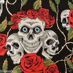 per 1/2 metre/fat quarter 100 % cotton Black skulls & roses fabric goth