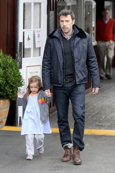 Ben Affleck looking cool in this layered outfit.