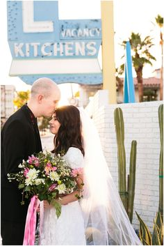 Las Vegas Elopement in old downtown vegas. #elopement #lasvegaselopement #vegasbride Fremont Street, Las Vegas Weddings, Industrial Wedding, Bridal Flowers, Flower Fashion, Floral Wedding, Engagement Photos, Wedding Photos, Bride