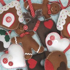 original_handmade-felt-christmas-hanging-decorations.jpg (900×900)