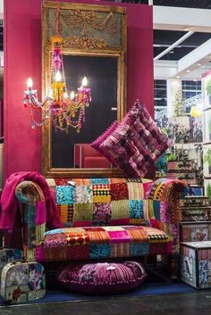 Inspiring Hippie Bohemian Furniture Ideas and Designs Bohemian Furniture, Bohemian Interior, Funky Furniture, Furniture Ideas, Bohemian House, Boho Room, Gypsy Decor, Bohemian Decor, Hippie Chic Decor