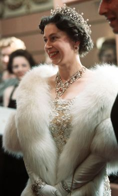 Britain's Queen Elizabeth II wears the Ruby and Diamond Floral Bandeau necklace paired with her favourite Girls of Great Britain and Ireland tiara at the Royal Variety Performance in 1962 in London, England Hm The Queen, Royal Queen, Her Majesty The Queen, Queen Mary, Queen Elizabeth Ii, Pippa Middleton, Prinz Philip, Queen 90th Birthday, Happy Birthday