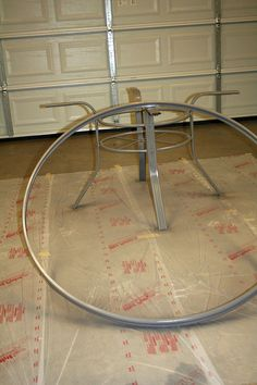 How to Create a Concrete Table Top for Your Patio Table Concrete Outdoor Table, Tile Patio Table, Round Patio Table, Outdoor Table Tops, Tile Tables, Patio Tiles, Pergola With Roof, Iron Pergola, Pergola Shade