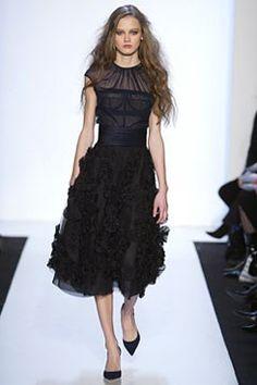 Monique Lhuillier Fall 2004 Ready-to-Wear Fashion Show - Dasha Tchernova…