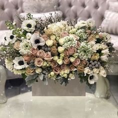 Who else loves anemones?! #valentinesday #valentines #flowers #roses #heart #jadorelesfleurs #jlf #florist  https://www.jadorelesfleurs.com