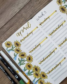 Happy MONDAY 🌻 I really like sunflower theme so I recreated her spread. Do you have anything fun this week? Bullet Journal School, Bullet Journal Writing, Bullet Journal Month, Bullet Journal Banner, Bullet Journal Aesthetic, Bullet Journal Ideas Pages, Bullet Journal Spread, Bullet Journal Inspiration, Bellet Journal