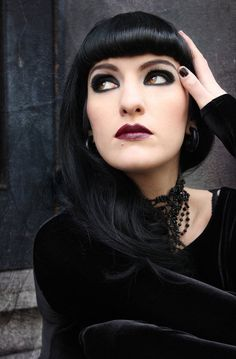 Goth beauty pure and simple.