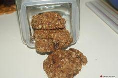 Μου την σύστησε η διατροφολόγος μου για πρωινό με ένα ποτήρι γάλα... Οπότε καταλαβαίνετε πόσο υγιεινά είναι για μικρούς και μεγάλους! Η μικρή μου ανηψιά ξετρελάθηκε.... Greek Recipes, Desert Recipes, Light Recipes, Baby Food Recipes, Cookie Recipes, Healthy Treats For Kids, Healthy Cookies, Healthy Snacks, Healthy Recipes