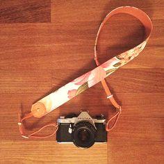 Alça para câmeras profissionais em tecido e couro :: Kör Atelier