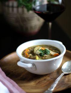 French Lentil and Vegetable soup French Lentil Soup, French Green Lentils, Best Lentil Recipes, Gluten Free Wine, Lentil Vegetable Soup, Coriander, Vegetarian, Chowders, Vegetables