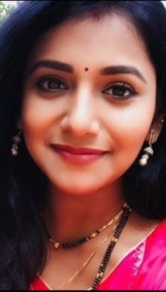Beautiful Housewife, Samantha Images, Lovely Smile, Goddess Lakshmi, Most Beautiful Indian Actress, Beautiful Girl Image, Cute Faces, Girl Face, Indian Actresses