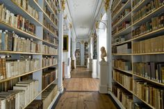 Anna Amalia Bibliothek - Rokokosaal, Seitengang