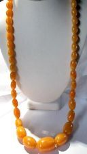 VINTAGE LONG LUCITE FAUX AMBER GRADUATED BEADED NECKLACE BUTTERSCOTCH MARBLED