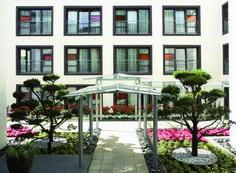 east Hotel atrium