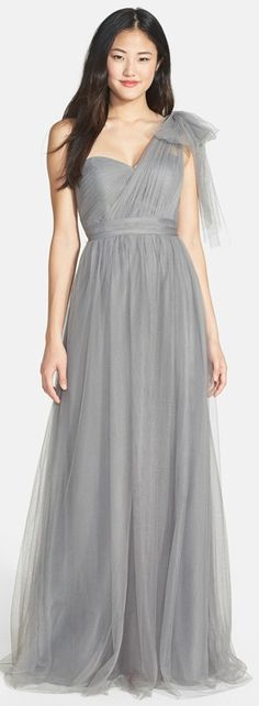 45 Dresses Your Bridesmaids Won't Hate! http://www.theperfectpalette.com/2015/05/45-dresses-your-bridesmaids-wont-hate.html
