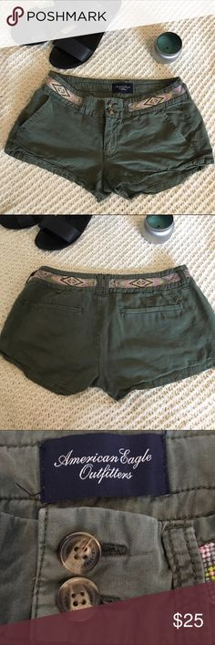 🔻sale🔻Green American Eagle Short Green American Eagle shorts with a cute waist. They're 00 but fits like a 1 or 3 American Eagle Outfitters Shorts