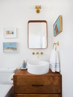 Awesome 68 Readymade Bath Vanities Emily Henderson Within Mid Century Bathroom Vanity Professional Interior Design Unique Bathroom Sinks, Eclectic Bathroom, Bathroom Photos, Beautiful Bathrooms, Bathroom Interior, Modern Bathroom, Bathroom Ideas, Bathroom Towels, Gold Bathroom