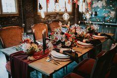 Industrial Loft Wedding Inspo with Copper and Garnet Hues #loftweddingdesign #tablescapeideas #floralinstallations