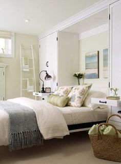 nice built-ins in the bedroom