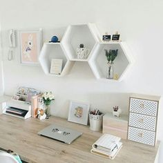 home decoration, deco, office minimalist, work minimal office, decoracion de espacio de trabajo, almacenaje, décoration bureau #DIYHomeDecorChambre