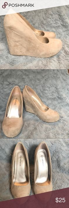 Platform Heel Tan platform heel. In perfect condition. Rampage Shoes Platforms