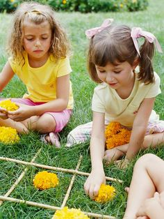 Flower Tic-Tac-Toe Outdoor Game for Kids -  find 6 things the same, or give the other child the first item then find others?