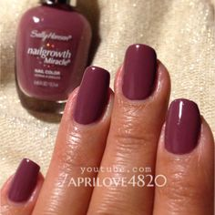 Nail polish swatch sally hansen gorgeous grape