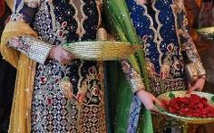 Two Girls on Mehndi Function Latest Cool Profile dp for Fb