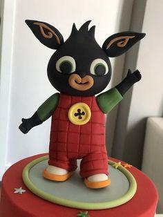 Baby Boy Birthday Cake, Happy Birthday Minions, 1st Birthday Cakes, Cbeebies Cake, Bing Cake, Bing Bunny, Minion Banana, Fondant Animals, Garden Cakes